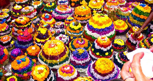 Saddula Bathukamma Festival Story and its Significance