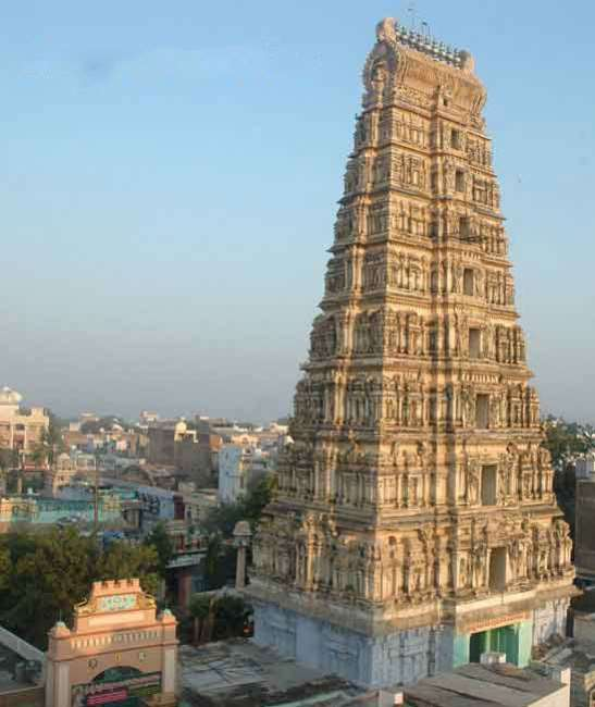 Chennakesava-Swamy-Temple-in-Markapuram-in-Prakasam